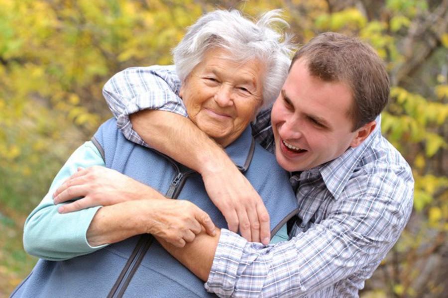 пожилые совращают