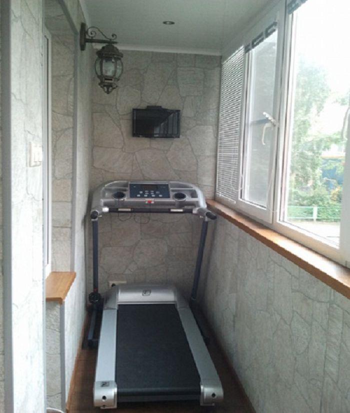 Жилая комната на балконе, 23 фото примеров, где лучше размес.